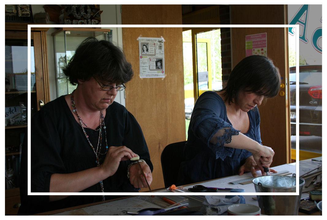 http://www.creaisa.fr/Photos/2011 scrapbook day6.jpg