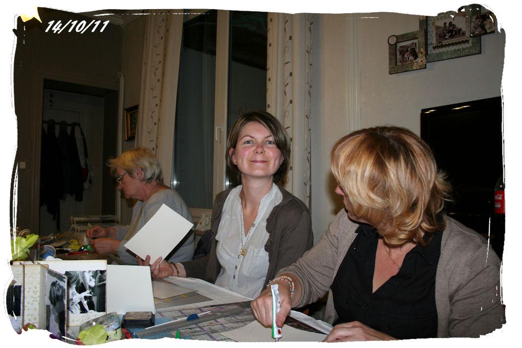 http://www.creaisa.fr/Photos/2011_10_14 anniversaire Marilene1.jpg