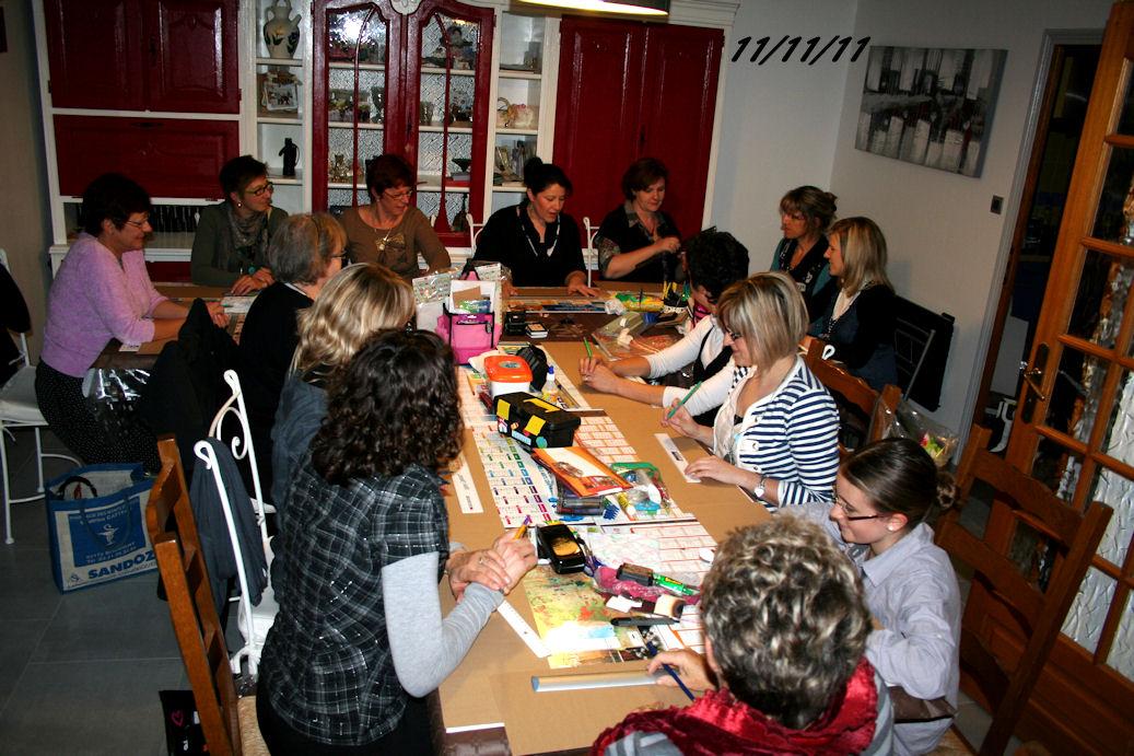 http://www.creaisa.fr/Photos/2011_11_11 atelier chez Sylvie.jpg
